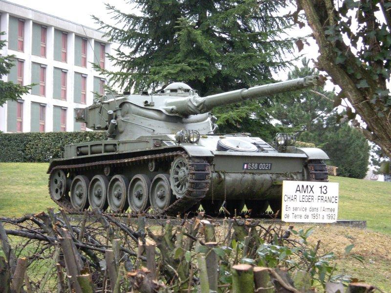Amx-13/90 - какой француз не любит быстрой стрельбы?