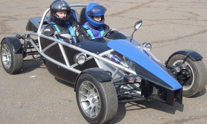 Багги - спортивный кроссовый автомобиль