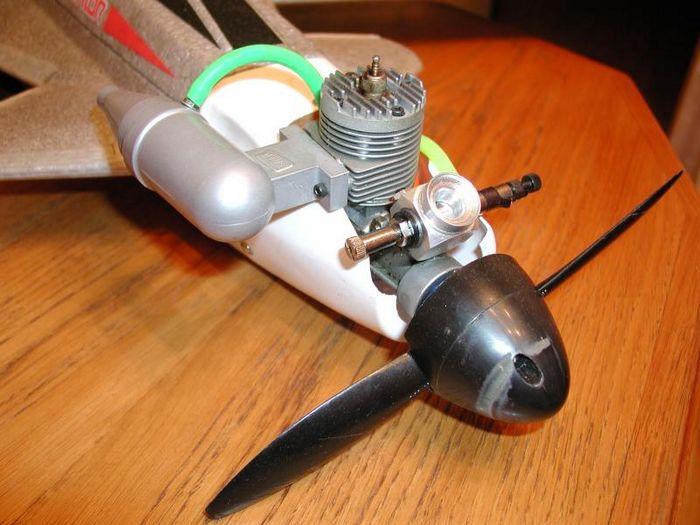 Ripmax alienator - модель с обратной стреловидностью