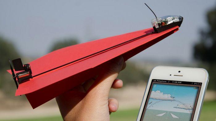 Управление бумажным самолетиком обеспечит powerup 3.0